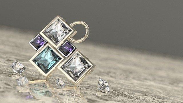 תליוני יהלומים – למה הם כל כך מרגשים
