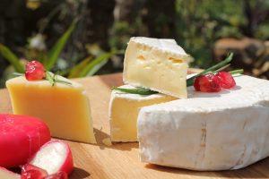 קייטרינג חלבי – האם הוא זול יותר מקייטרינג בשרי