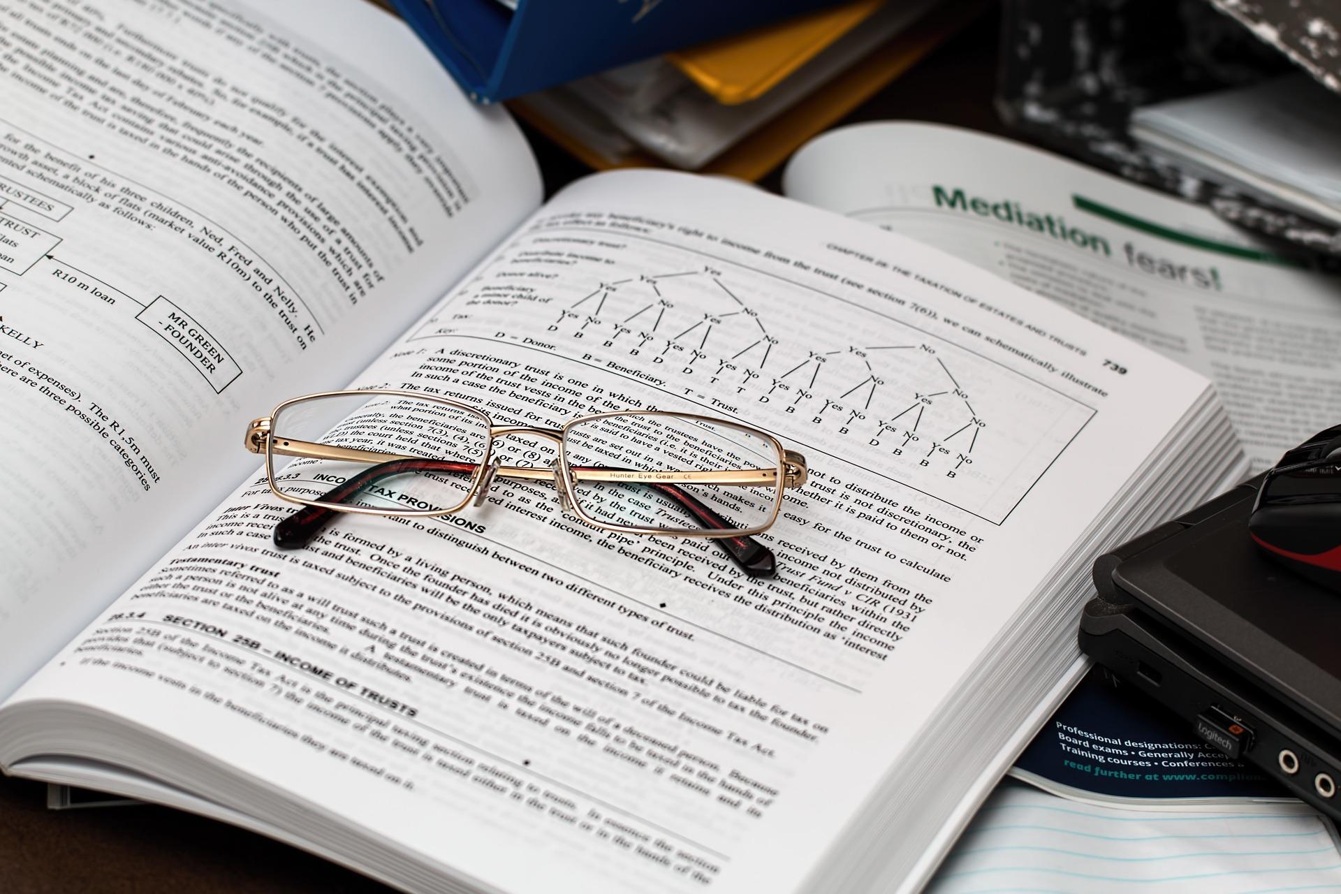 איך בוחרים עורך דין למס הכנסה?