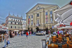 מה צריך לדעת לפני שבוחרים להשקיע בפולין?