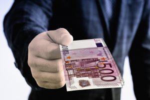 איך להגיש תביעה לפיצויים מגרמניה?