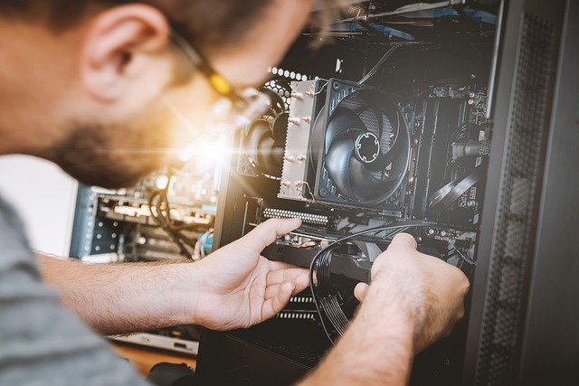 You are currently viewing טכנאי מחשבים – מה צריך בשביל להיות טכנאי טוב